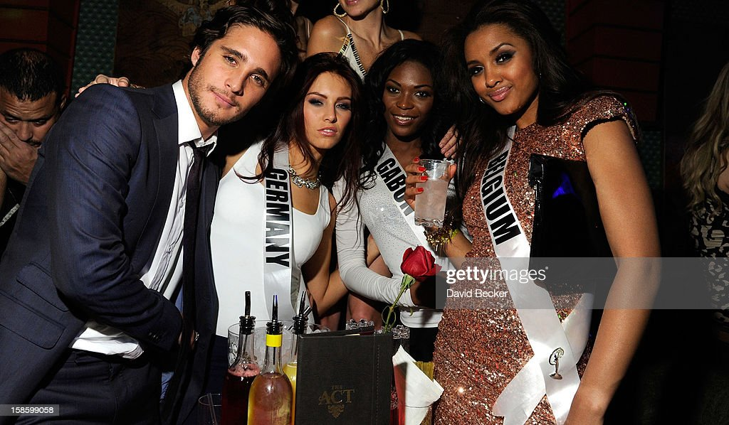 Actor Diego Boneta, Miss Germany 2012 Alicia Endemann, Miss Gabon 2012 Channa Divouvi and Miss Belgium 2012 Laura Beyne appear at The Act at The Palazzo on December 19, 2012 in Las Vegas, Nevada.