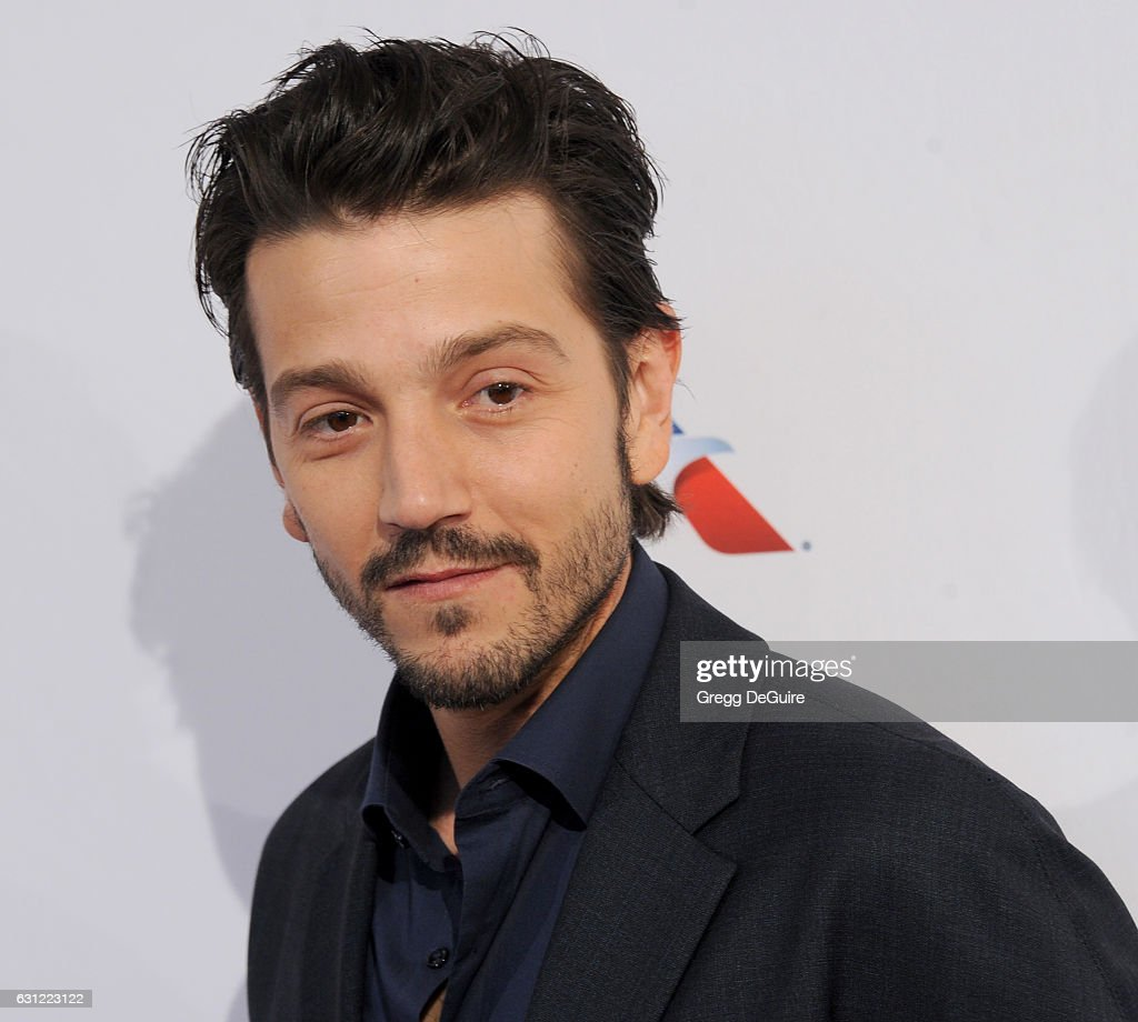 Actor Diego Luna arrives at The BAFTA Tea Party at Four Seasons Hotel Los Angeles at Beverly Hills on January 7, 2017 in Los Angeles, California.