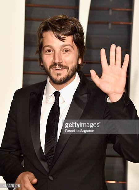 Actor Diego Luna attends the 2015 Vanity Fair Oscar Party hosted by Graydon Carter at Wallis Annenberg Center for the Performing Arts on February 22...