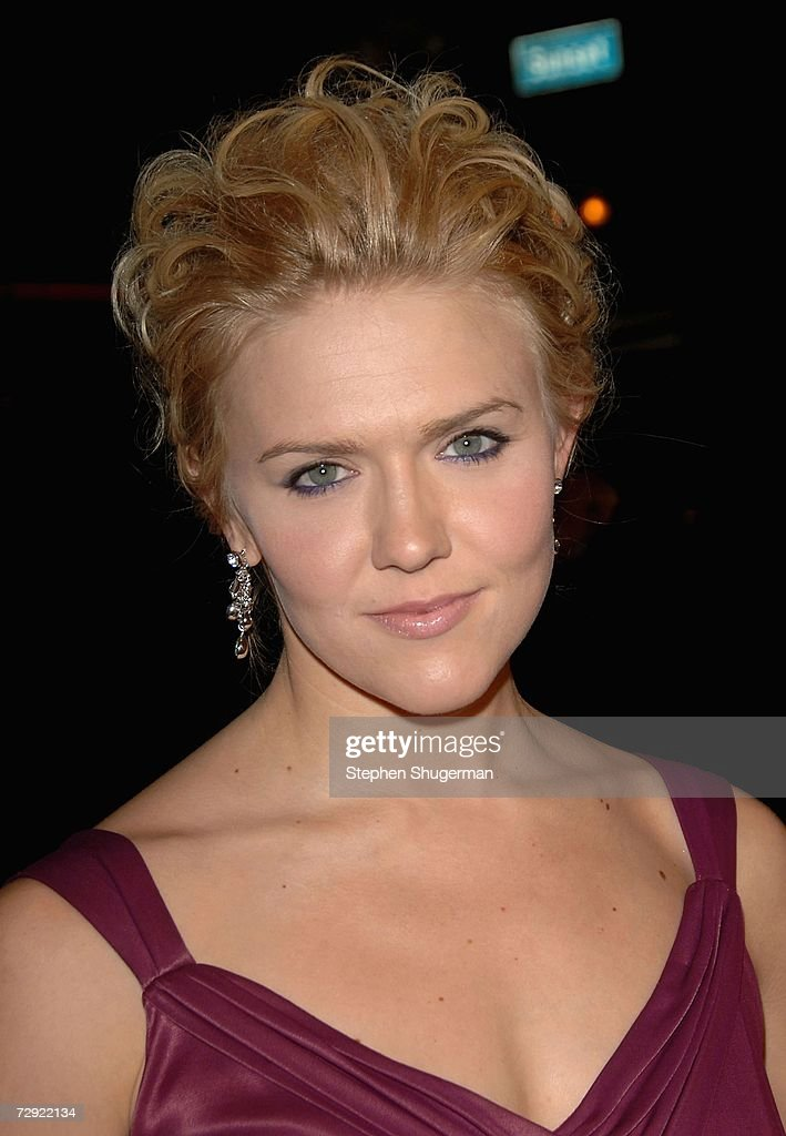 Actor Dominique Swain attends the premiere of Universal Pictures' 'Alpha Dog' at the Cinerama Dome on January 3, 2007 in Hollywood, California.