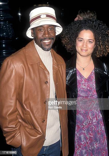 Actor Don Cheadle and girlfriend Bridgid Coulter attend the 'Traffic' Beverly Hills Premiere on December 14 2000 at the Samuel Goldwyn Theatre in...