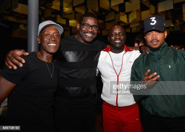 Actor Don Cheadle former NFL player Micheal Irvin recording artists Akon and Chance the Rapper attend the Showtime WME IME and Mayweather Promotions...