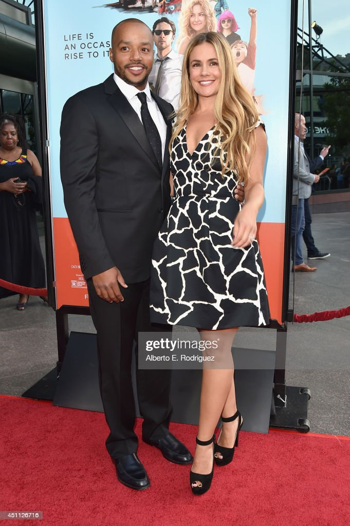 Actor <a gi-track='captionPersonalityLinkClicked' href=/galleries/search?phrase=Donald+Faison&family=editorial&specificpeople=213042 ng-click='$event.stopPropagation()'>Donald Faison</a> and CaCee Cobb attend the premiere of Focus Features' 'Wish I Was Here' at DGA Theater on June 23, 2014 in Los Angeles, California.