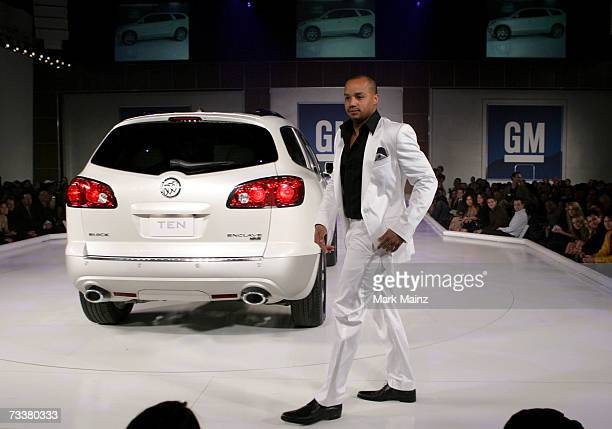 Actor Donald Faison walks the runway with a 2007 Buick Enclave at the 6th Annual General Motors TEN event at Paramount Studios on February 20 2007 in...