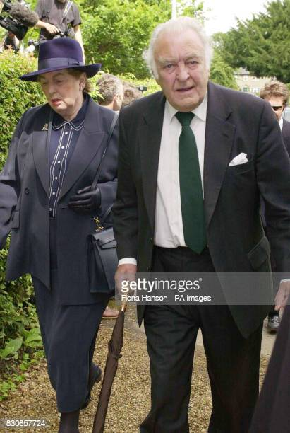 Actor Donald Sinden arrives at the Parish church of St Andrew and St Mary in Grantchester Cambridgeshire for the memorial service of Jeffrey Archer's...