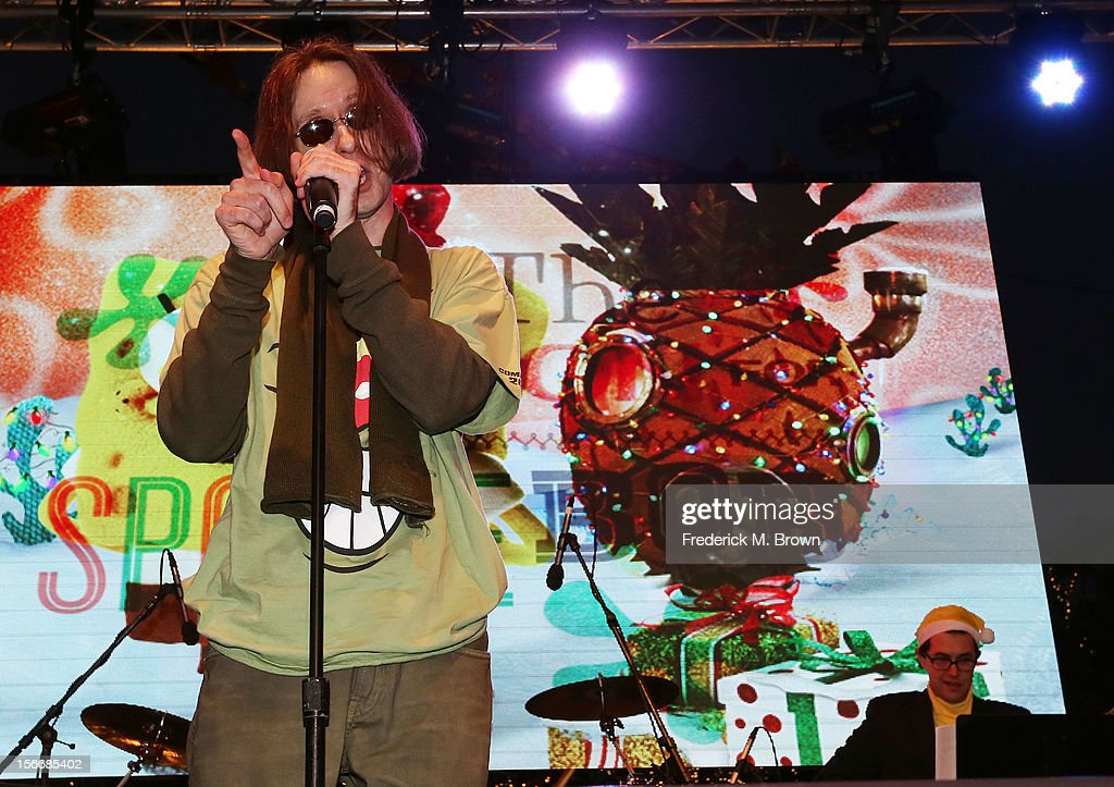 Actor Doug Lawrence performs during Nickelodeon's Spongebob Holiday Extravapants At The Grove on November 18, 2012 in Los Angeles, California.