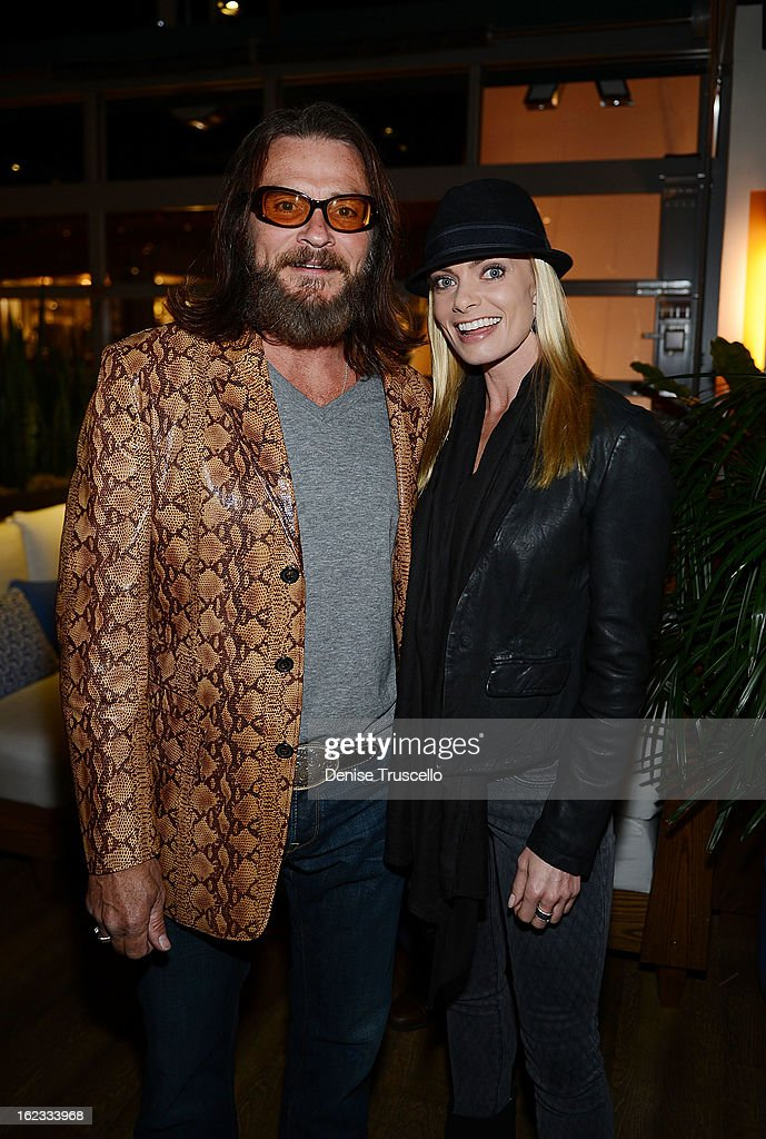 Actor Douglas Bennett and Jaime Pressly attend the Have A Heart benefit for organ donor recipients and their families at Mixology LA at the Farmers Market on February 21, 2013 in Los Angeles, California.