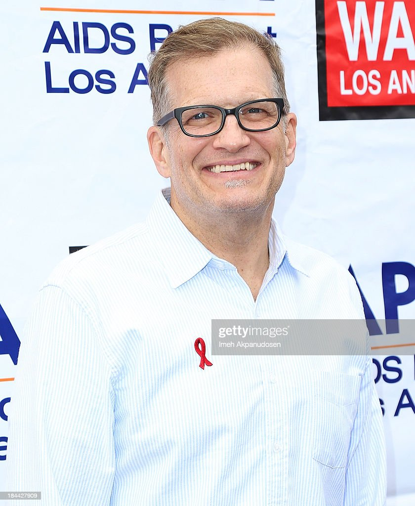 Actor <a gi-track='captionPersonalityLinkClicked' href=/galleries/search?phrase=Drew+Carey&family=editorial&specificpeople=213727 ng-click='$event.stopPropagation()'>Drew Carey</a> attends the 29th Annual AIDS Walk LA on October 13, 2013 in West Hollywood, California.