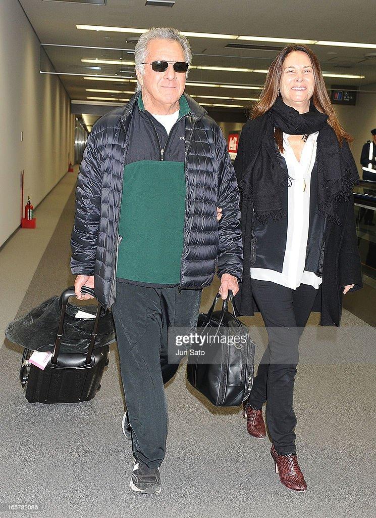Dustin Hoffman Arrives In Tokyo