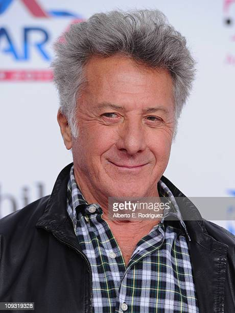 Actor Dustin Hoffman arrives to the TMobile Magenta Carpet at the 2011 NBA AllStar Game on February 20 2011 in Los Angeles California