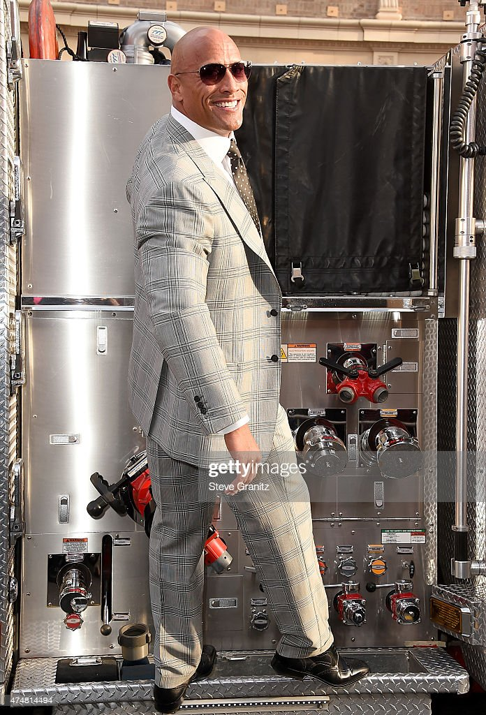 Actor Dwayne 'The Rock' Johnson attends the 'San Andreas' Los Angeles Premiere at TCL Chinese Theatre IMAX on May 26, 2015 in Hollywood, California.