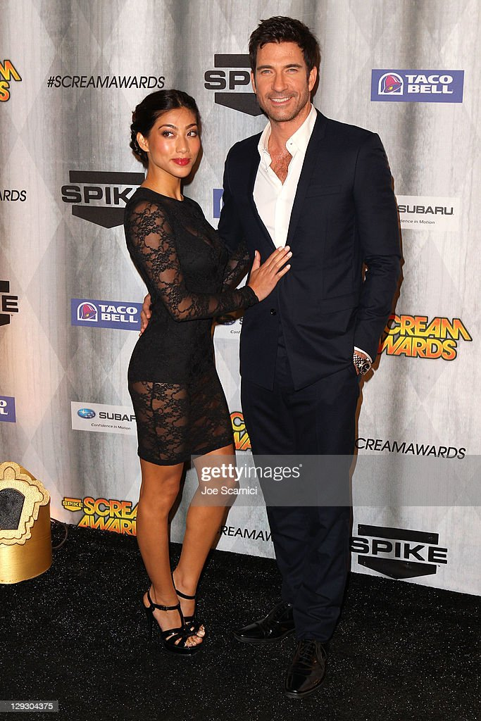 Actor <a gi-track='captionPersonalityLinkClicked' href=/galleries/search?phrase=Dylan+McDermott&family=editorial&specificpeople=211496 ng-click='$event.stopPropagation()'>Dylan McDermott</a> (R) and actress Shasi Wells arrives at Spike TV's 'SCREAM 2011' awards held at the Universal Studios Backlot on October 15, 2011 in Universal City, California.