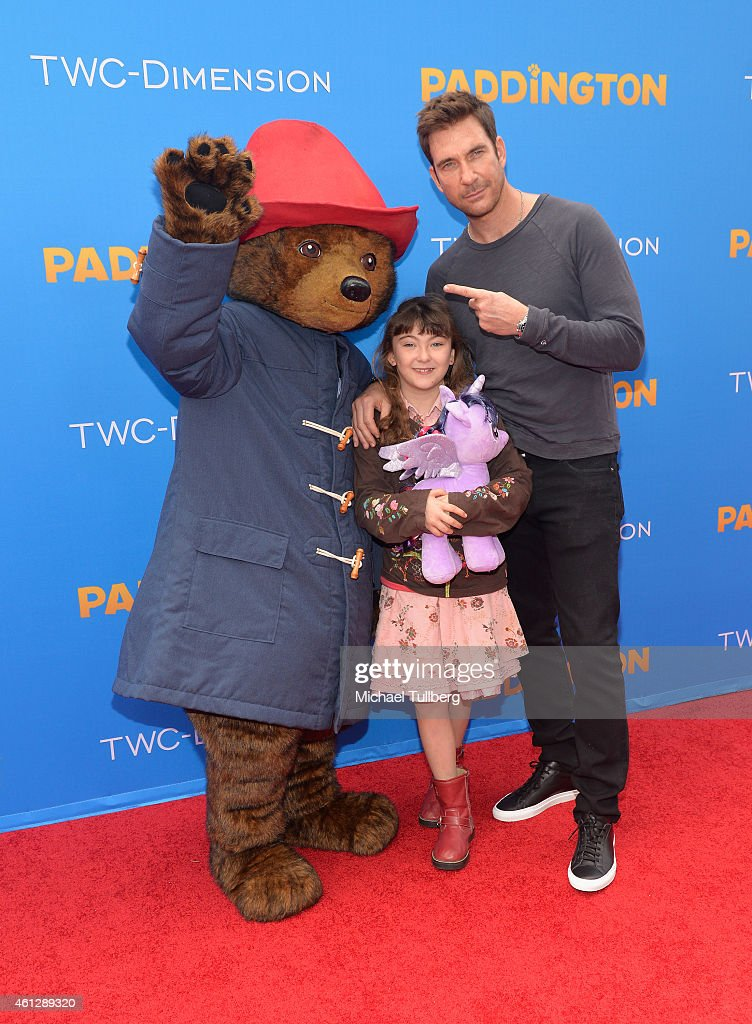 Actor <a gi-track='captionPersonalityLinkClicked' href=/galleries/search?phrase=Dylan+McDermott&family=editorial&specificpeople=211496 ng-click='$event.stopPropagation()'>Dylan McDermott</a> and family attend the premiere of TWC-Dimension's film 'Paddington' at TCL Chinese Theatre IMAX on January 10, 2015 in Hollywood, California.