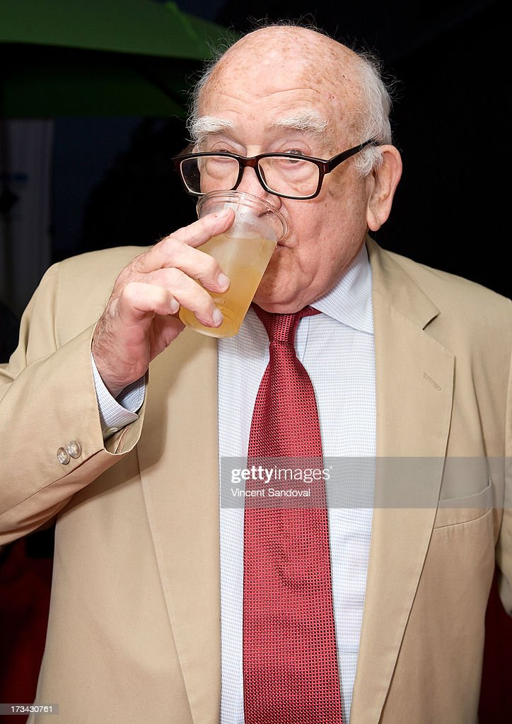Actor <a gi-track='captionPersonalityLinkClicked' href=/galleries/search?phrase=Ed+Asner&family=editorial&specificpeople=216485 ng-click='$event.stopPropagation()'>Ed Asner</a> attends the Concern Foundation block party at Paramount Studios on July 13, 2013 in Hollywood, California.