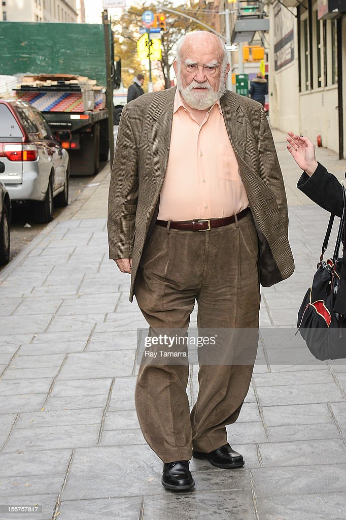 Actor Ed Asner enters the 'Good Day New York' taping at the Fox 5 Studios on November 20, 2012 in New York City.