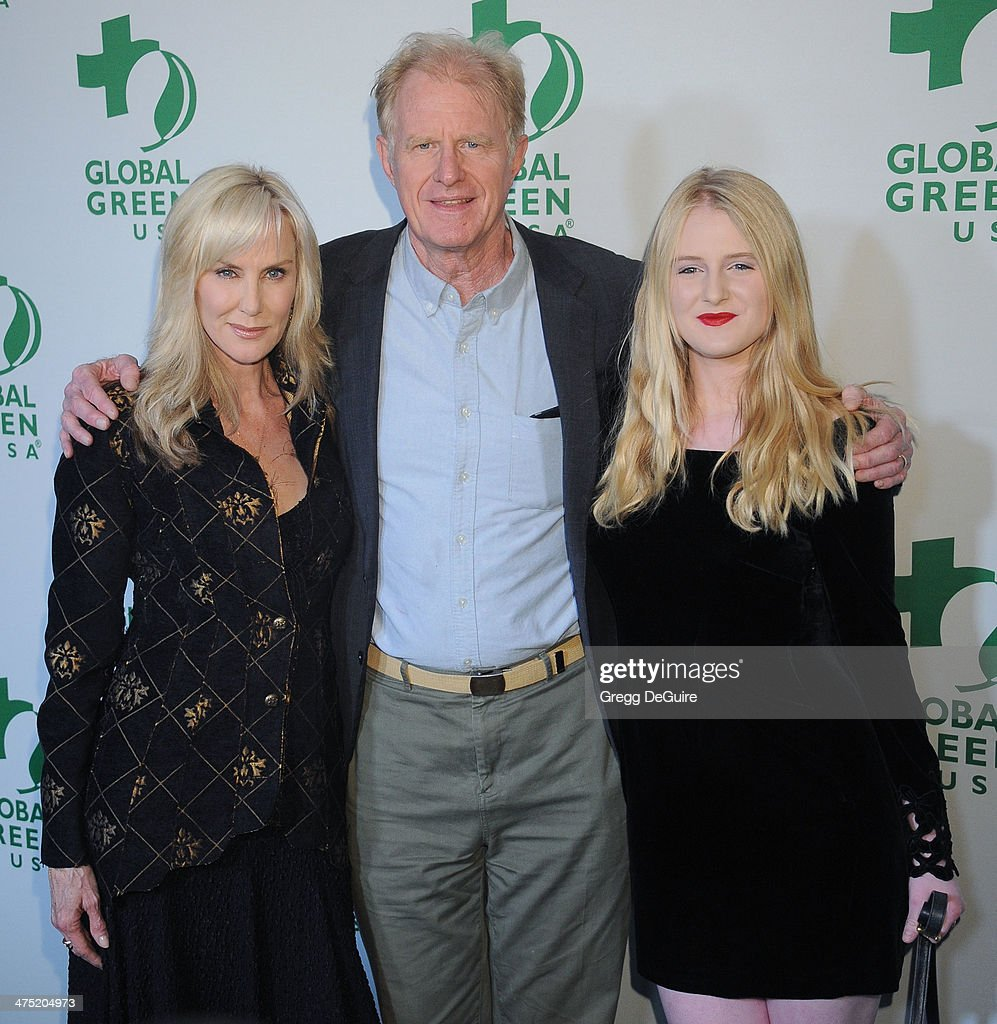 Actor <a gi-track='captionPersonalityLinkClicked' href=/galleries/search?phrase=Ed+Begley+Jr.&family=editorial&specificpeople=208850 ng-click='$event.stopPropagation()'>Ed Begley Jr.</a> (C) with wife Rachelle Carson and daughter Hayden Carson Begley arrive at the Global Green USA's 11th Annual Pre-Oscar Party at Avalon on February 26, 2014 in Hollywood, California.