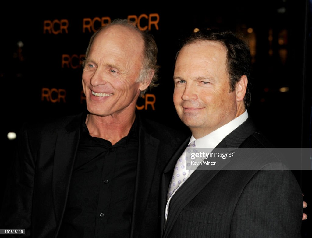 Actor <a gi-track='captionPersonalityLinkClicked' href=/galleries/search?phrase=Ed+Harris&family=editorial&specificpeople=215262 ng-click='$event.stopPropagation()'>Ed Harris</a> (L) and director <a gi-track='captionPersonalityLinkClicked' href=/galleries/search?phrase=Todd+Robinson&family=editorial&specificpeople=660614 ng-click='$event.stopPropagation()'>Todd Robinson</a> arrive at the premiere of 'Phantom' at the Chinese Theater on February 27, 2013 in Los Angeles, California.