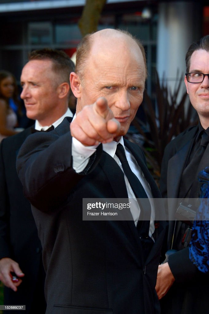 Actor <a gi-track='captionPersonalityLinkClicked' href=/galleries/search?phrase=Ed+Harris&family=editorial&specificpeople=215262 ng-click='$event.stopPropagation()'>Ed Harris</a> arrives at the 64th Annual Primetime Emmy Awards at Nokia Theatre L.A. Live on September 23, 2012 in Los Angeles, California.