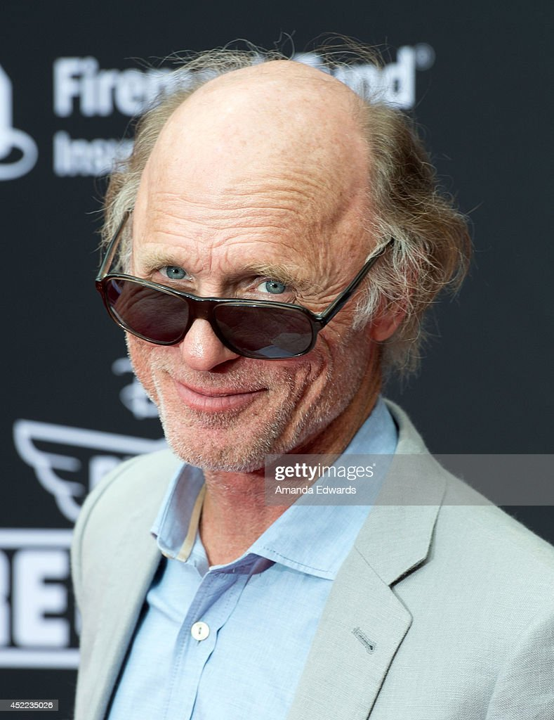 Actor <a gi-track='captionPersonalityLinkClicked' href=/galleries/search?phrase=Ed+Harris&family=editorial&specificpeople=215262 ng-click='$event.stopPropagation()'>Ed Harris</a> arrives at the Los Angeles premiere of Disney's 'Planes: Fire & Rescue' at the El Capitan Theatre on July 15, 2014 in Hollywood, California.