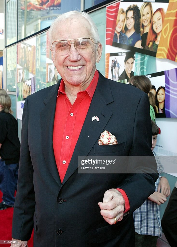 Actor <a gi-track='captionPersonalityLinkClicked' href=/galleries/search?phrase=Ed+McMahon&family=editorial&specificpeople=216392 ng-click='$event.stopPropagation()'>Ed McMahon</a> arrives for the MGM Premiere of 'Sleepover' at the Archlight Cinerama Dome on June 27, 2004 in Hollywood.