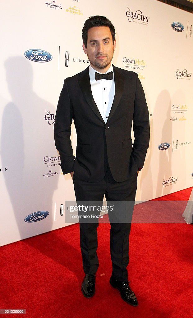 Actor <a gi-track='captionPersonalityLinkClicked' href=/galleries/search?phrase=Ed+Weeks&family=editorial&specificpeople=9328425 ng-click='$event.stopPropagation()'>Ed Weeks</a> attends the 41st Annual Gracie Awards at Regent Beverly Wilshire Hotel on May 24, 2016 in Beverly Hills, California.