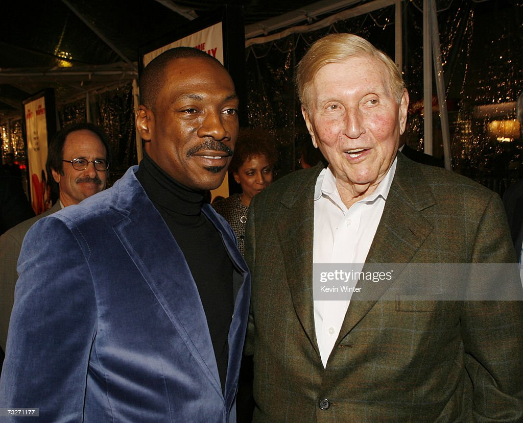 Actor Eddie Murphy (L) and Viacom's Sumner Redstone pose at the premiere of Dreamworks' 'Norbit' at the Mann Village Theatre on February 9, 2007 in Los Angeles, California.