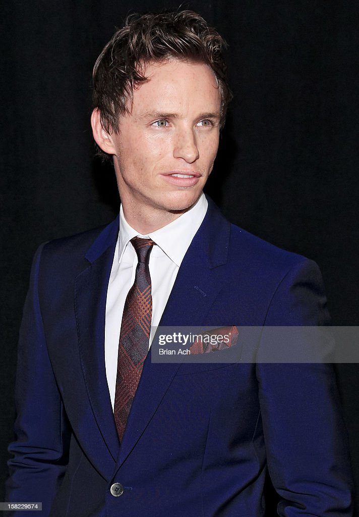 Actor <a gi-track='captionPersonalityLinkClicked' href=/galleries/search?phrase=Eddie+Redmayne&family=editorial&specificpeople=2554844 ng-click='$event.stopPropagation()'>Eddie Redmayne</a> attends 'Les Miserables' New York premiere at Ziegfeld Theater on December 10, 2012 in New York City.