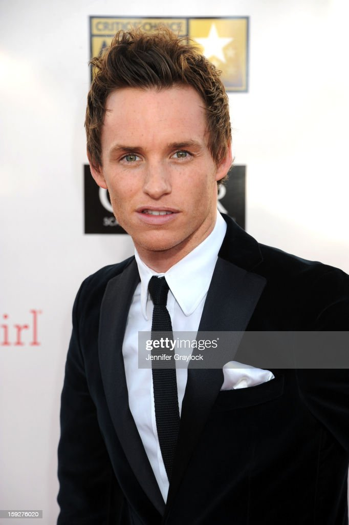 Actor <a gi-track='captionPersonalityLinkClicked' href=/galleries/search?phrase=Eddie+Redmayne&family=editorial&specificpeople=2554844 ng-click='$event.stopPropagation()'>Eddie Redmayne</a> attends The 18th Annual Critics' Choice Awards held at Barker Hangar on January 10, 2013 in Santa Monica, California.