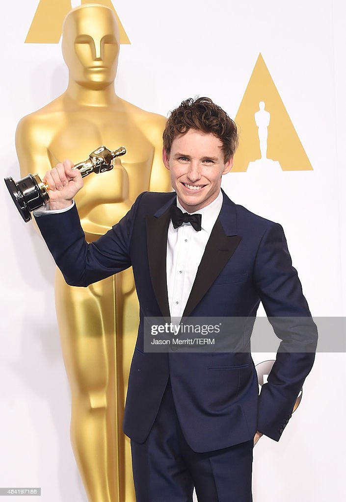 Actor <a gi-track='captionPersonalityLinkClicked' href=/galleries/search?phrase=Eddie+Redmayne&family=editorial&specificpeople=2554844 ng-click='$event.stopPropagation()'>Eddie Redmayne</a> winner of the Best Actor in a Leading Role Award for 'The Theory of Everything' poses in the press room during the 87th Annual Academy Awards at Loews Hollywood Hotel on February 22, 2015 in Hollywood, California.