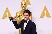 Actor Eddie Redmayne winner of the Best Actor in a Leading Role Award for 'The Theory of Everything' poses in the press room during the 87th Oscars...