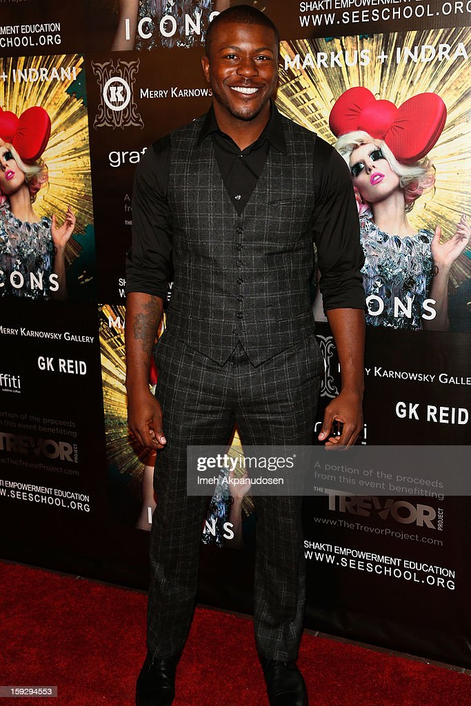 Actor <a gi-track='captionPersonalityLinkClicked' href=/galleries/search?phrase=Edwin+Hodge&family=editorial&specificpeople=2650969 ng-click='$event.stopPropagation()'>Edwin Hodge</a> attends the Markus + Indrani ICONS Book Launch Party at Merry Karnowsky Gallery on January 10, 2013 in Los Angeles, California.