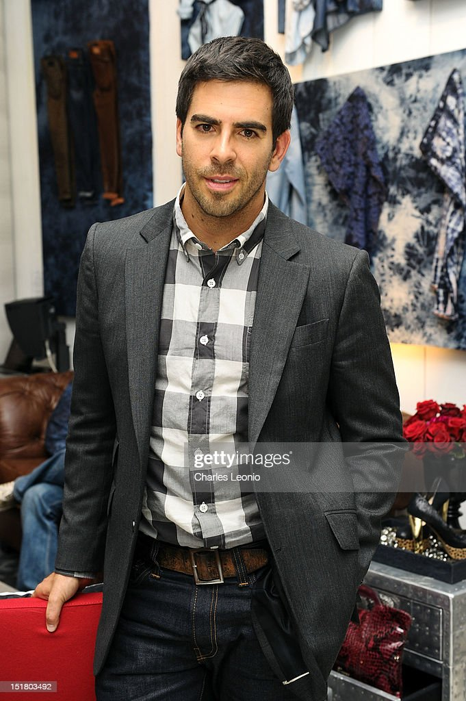 Actor <a gi-track='captionPersonalityLinkClicked' href=/galleries/search?phrase=Eli+Roth&family=editorial&specificpeople=543948 ng-click='$event.stopPropagation()'>Eli Roth</a> attends the Guess Portrait Studio during 2012 Toronto International Film Festivalat at the Bell Lightbox on September 11, 2012 in Toronto, Canada.