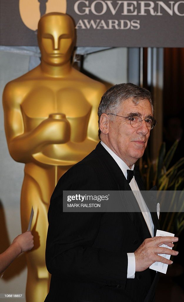 Actor Elliott Gould arrives on the red carpet for the 2010 Oscars Governors Awards at the Hollywood and Highland Center in Hollywood on November 13, 2010. AFP PHOTO/Mark RALSTON