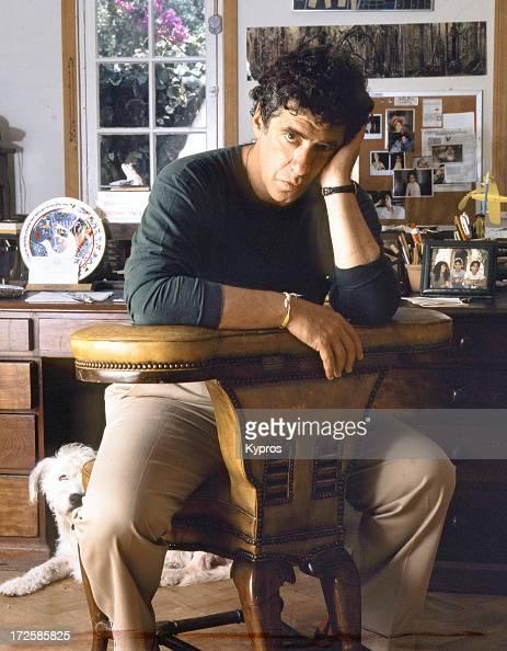 Actor Elliott Gould circa 1990