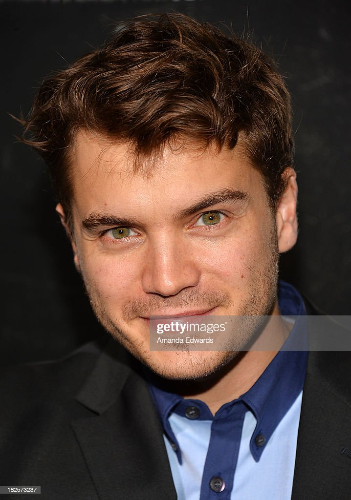 Actor <a gi-track='captionPersonalityLinkClicked' href=/galleries/search?phrase=Emile+Hirsch&family=editorial&specificpeople=210805 ng-click='$event.stopPropagation()'>Emile Hirsch</a> arrives at the Los Angeles premiere of 'Captain Phillips' at the Academy of Motion Picture Arts and Sciences on September 30, 2013 in Beverly Hills, California.