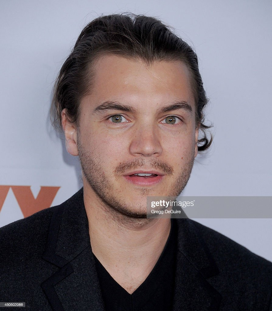 Actor <a gi-track='captionPersonalityLinkClicked' href=/galleries/search?phrase=Emile+Hirsch&family=editorial&specificpeople=210805 ng-click='$event.stopPropagation()'>Emile Hirsch</a> arrives at the Pathway To The Cures For Breast Cancer event at Barkar Hangar on June 11, 2014 in Santa Monica, California.