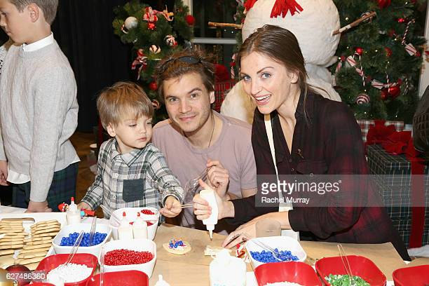 Actor Emile Hirsch attends Brooks Brothers holiday celebration with St Jude Children's Research Hospital on December 3 2016 in Beverly Hills...