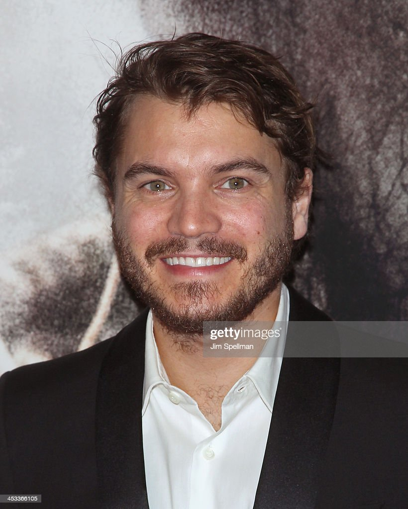 Actor <a gi-track='captionPersonalityLinkClicked' href=/galleries/search?phrase=Emile+Hirsch&family=editorial&specificpeople=210805 ng-click='$event.stopPropagation()'>Emile Hirsch</a> attends the 'Lone Survivor' New York premiere at Ziegfeld Theater on December 3, 2013 in New York City.