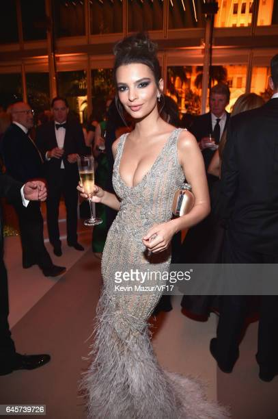 Actor Emily Ratajkowski attends the 2017 Vanity Fair Oscar Party hosted by Graydon Carter at Wallis Annenberg Center for the Performing Arts on...