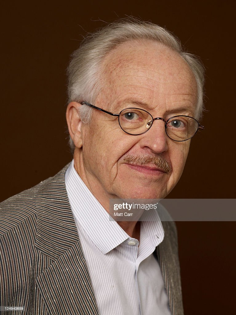 Actor Eric Peterson of '<b>Billy Bishop</b> Goes To War' poses during the 2011 <b>...</b> - actor-eric-peterson-of-billy-bishop-goes-to-war-poses-during-the-2011-picture-id124940659
