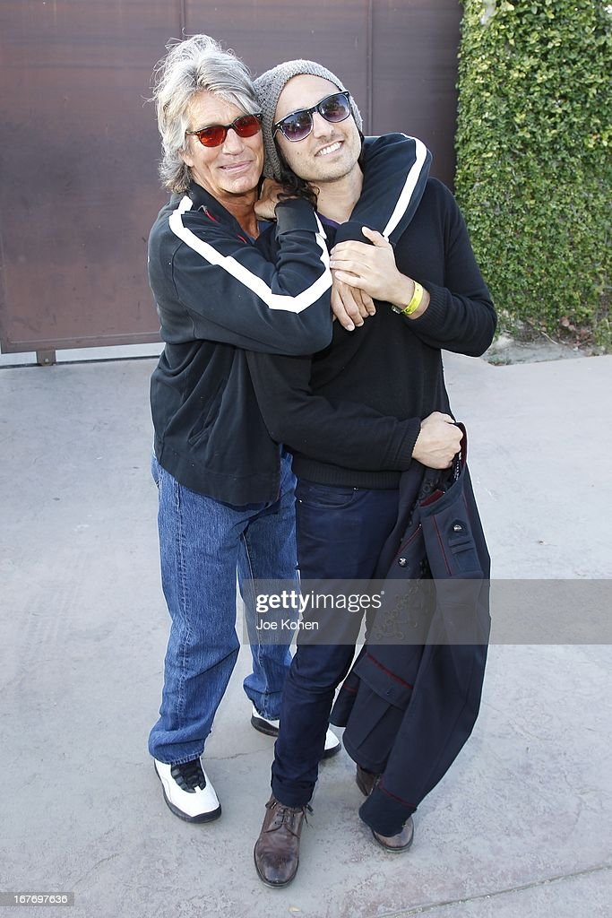 Actor <a gi-track='captionPersonalityLinkClicked' href=/galleries/search?phrase=Eric+Roberts&family=editorial&specificpeople=224670 ng-click='$event.stopPropagation()'>Eric Roberts</a> (L) and singer Keaton Simons attend the 23rd Annual <a gi-track='captionPersonalityLinkClicked' href=/galleries/search?phrase=William+Shatner&family=editorial&specificpeople=202461 ng-click='$event.stopPropagation()'>William Shatner</a> Priceline.com Hollywood Charity Horse Show at Los Angeles Equestrian Center on April 27, 2013 in Los Angeles, California.
