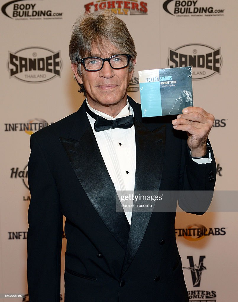 Actor <a gi-track='captionPersonalityLinkClicked' href=/galleries/search?phrase=Eric+Roberts&family=editorial&specificpeople=224670 ng-click='$event.stopPropagation()'>Eric Roberts</a> arrives at the Fighters Only World Mixed Martial Arts Awards 2013 at the Hard Rock Hotel & Casino on January 11, 2013 in Las Vegas, Nevada.