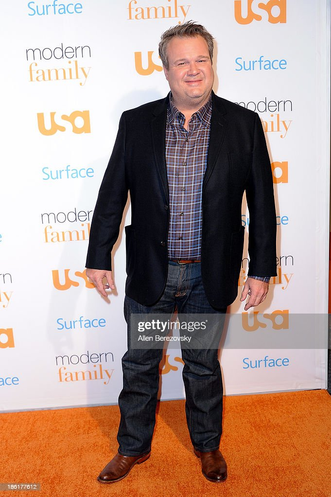 Actor <a gi-track='captionPersonalityLinkClicked' href=/galleries/search?phrase=Eric+Stonestreet&family=editorial&specificpeople=6129010 ng-click='$event.stopPropagation()'>Eric Stonestreet</a> arrives at the 'Modern Family' Fan Appreciation Day hosted by USA Network at Westwood Village on October 28, 2013 in Los Angeles, California.