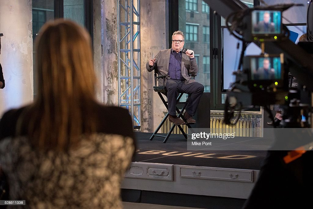 Actor Eric Stonestreet attends the AOL Build Speaker Series to discuss 'Ready. Raise. Rise. Campaign' on May 05, 2016 in New York, New York.