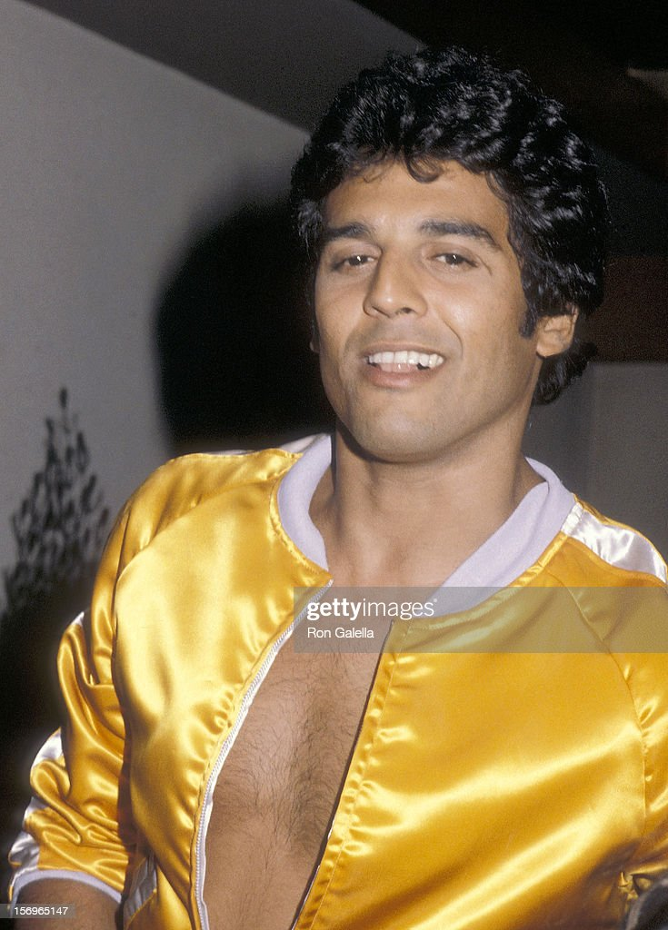 Actor Erik Estrada on October 4, 1979 dines at Pearl Garden Restaurant in West Hollywood, California.