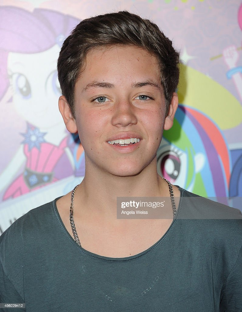ethan cutkosky and brielleethan cutkosky инстаграм, ethan cutkosky рост, ethan cutkosky 2017, ethan cutkosky twitter, ethan cutkosky tumblr, ethan cutkosky gif, ethan cutkosky биография, ethan cutkosky 2015, ethan cutkosky interview, ethan cutkosky wallpaper, ethan cutkosky age, ethan cutkosky личная жизнь, ethan cutkosky gif hunt, ethan cutkosky интервью, ethan cutkosky height, ethan cutkosky uncharted 4, ethan cutkosky and brielle, ethan cutkosky wallpaper iphone, ethan cutkosky wiki, ethan cutkosky photos