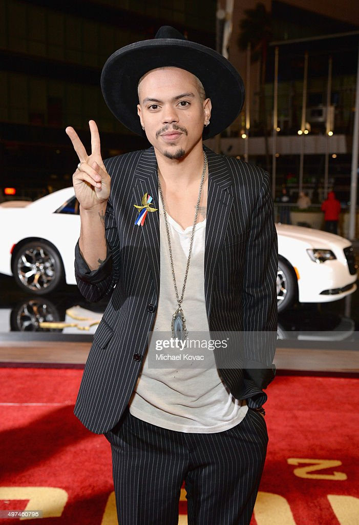 Actor Evan Ross attends 'Hunger Games: Mockingjay Part 2' Los Angeles Premiere Sponsored By Chrysler on November 16, 2015 in Los Angeles, California.