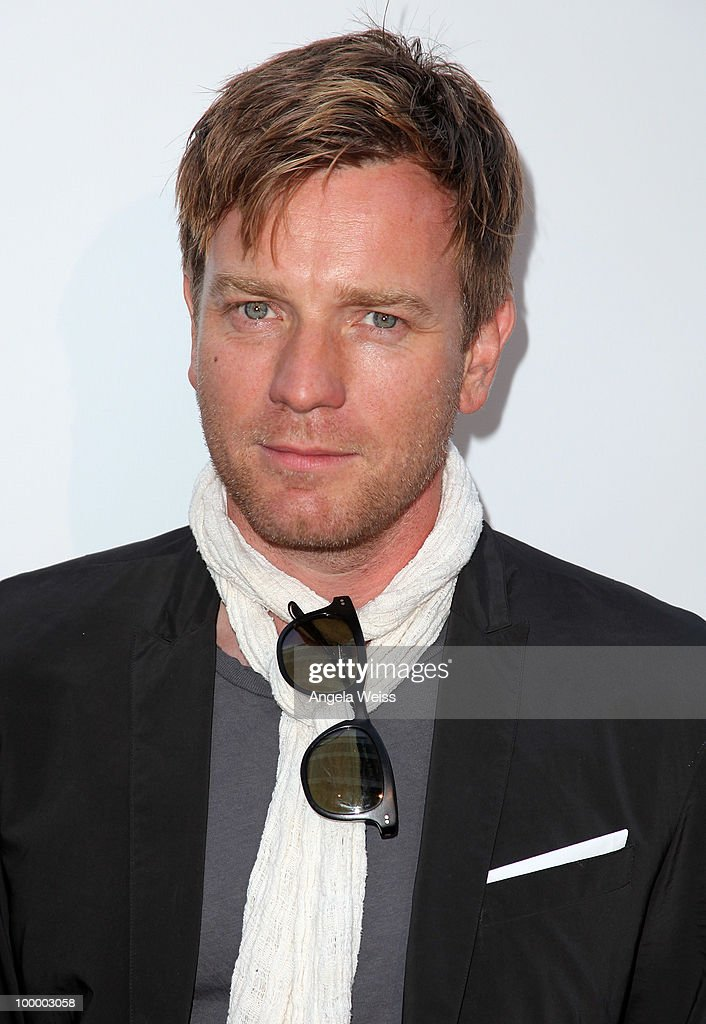 Actor Ewan McGregor arrives at St. Jude's 30th anniversary screening of 'The Empire Strikes Back' at Arclight Cinema on May 19, 2010 in Los Angeles, California.