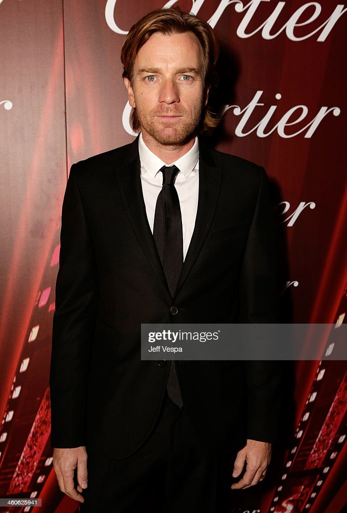 Actor <a gi-track='captionPersonalityLinkClicked' href=/galleries/search?phrase=Ewan+McGregor&family=editorial&specificpeople=202863 ng-click='$event.stopPropagation()'>Ewan McGregor</a> arrives at the 25th annual Palm Springs International Film Festival awards gala at Palm Springs Convention Center on January 4, 2014 in Palm Springs, California.