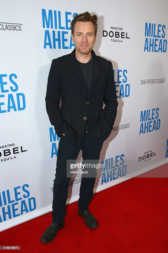Actor <a gi-track='captionPersonalityLinkClicked' href=/galleries/search?phrase=Ewan+McGregor&family=editorial&specificpeople=202863 ng-click='$event.stopPropagation()'>Ewan McGregor</a> attends the premiere of Sony Pictures Classics' 'Miles Ahead' at Writers Guild Theater on March 29, 2016 in Beverly Hills, California.